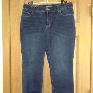 Chico's So Slimming Cropped Capri Jeans EUC!